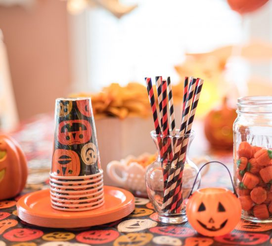 4 Killer Snacks for Your Last Minute Halloween Party!